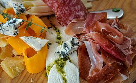 cheeses-charcuterie-menu-banner