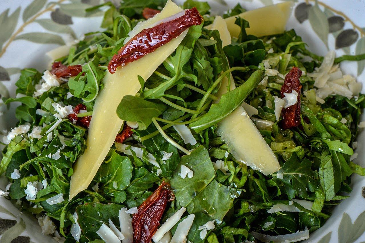 Roukoula salad